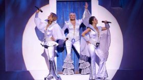 mamma mia super trouper